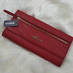 NWT Guess Red Faux Leather Chantilly Travel Clutch